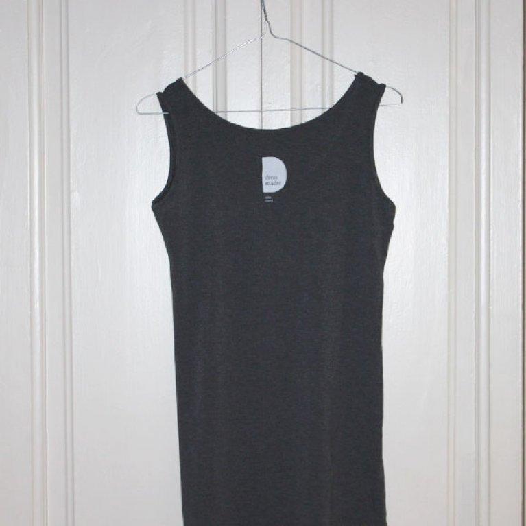 Camiseta para embarazadas Wow Mom de Dressmadre