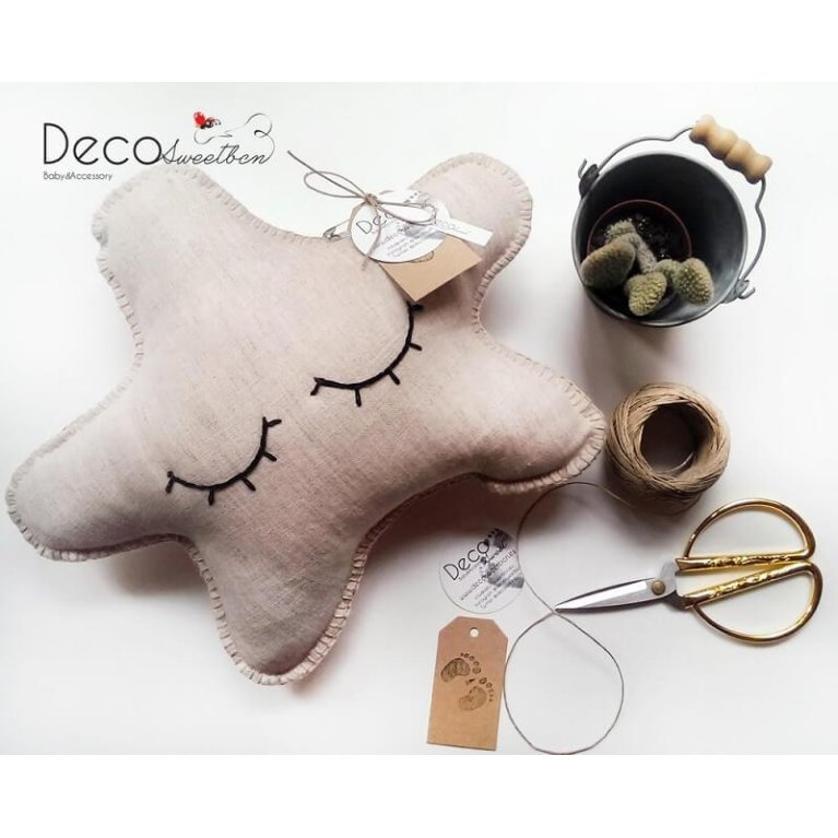 Cojín estrella durmiente de DecosweetBcn