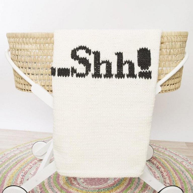 Mantita de lana ...shh! de Loving Yarn