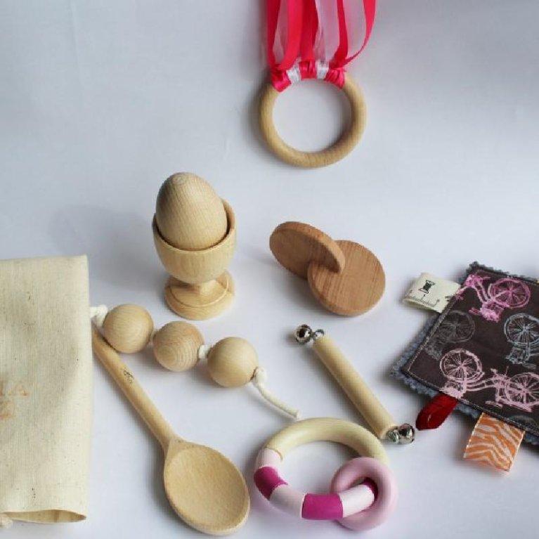Kit Juguetes de madera para bebé hechos a mano método Montessori y Waldorf - Mamá Luz
