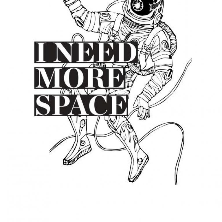 "Camiseta para embarazadas ""I need more space"" de Dressmadre"